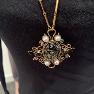 Beautiful Victorian Style Necklace,